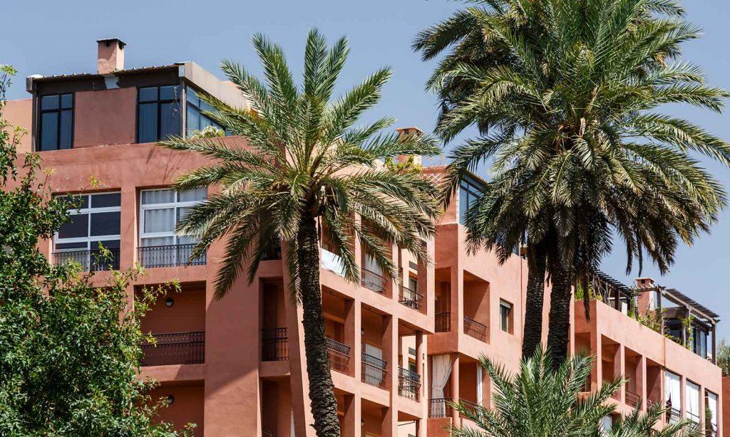 Appartement spolié dans immeuble marocain.